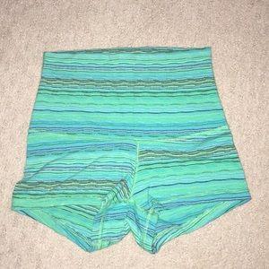Reversible lululemon sz 2 shorts